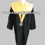 Design Toga Wisuda UIN Jakarta Fakultas Adab dan Humaniora