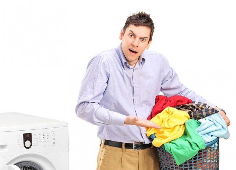 5 Tips Cara Mencuci Baju Malam Hari Supaya Tetap Wangi